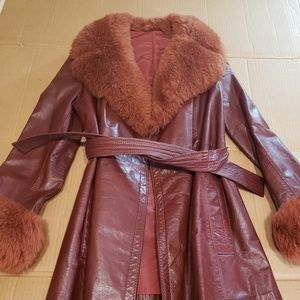 Leather Coat Faux Fur Cuffs Collar Hip Length 60s